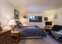 Bedroom #3: Queen Bed + Futon