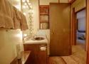shared-bathroom-2