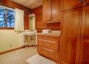bathroom-2-2nd-floor-shared