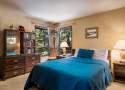 313-Queen-Bedroom