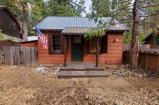 West Shore Single Family Cabin with Wood Burning Fireplace